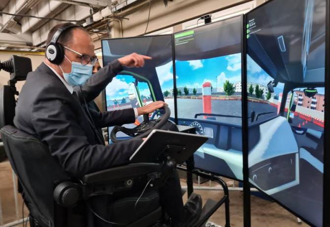 L'inspecteur de la disciplineDidier esselin a testé ce nouveau simulateur.