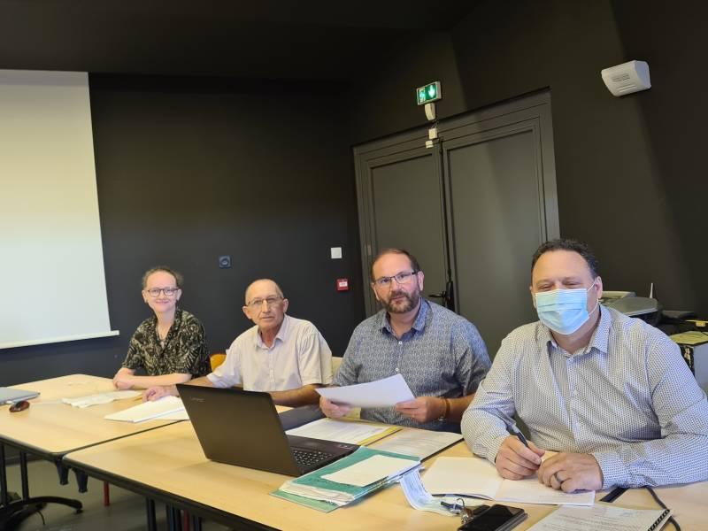 De gauche à droite : Pauline Duval, Martial Theureaud, Eric Tisserand et Georges Grosjean.