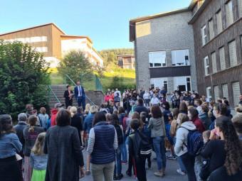 Petit mot d'accueil du Proviseur Laurent Belin et de son adjointe Aurélie Claude aux élèves des classes de 6ème.